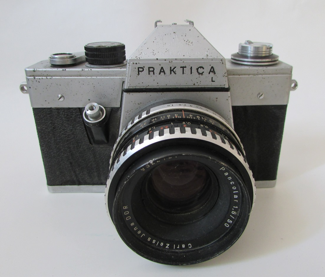 """Речі. """"Фотоапарат """"Practica"""""""