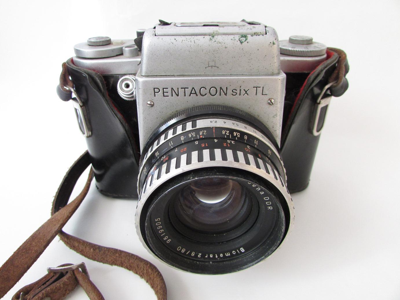 "Речі. ""Фотоапарат ""Pentacon six TL"""