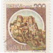 """Марка поштова гашена. """"Castello di Cerro al Volturno. Italia""""."""