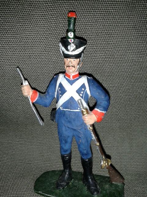 """Історична мініатюра """"Легкий піхотинець лінійного полку. Франція. 1812"""""""