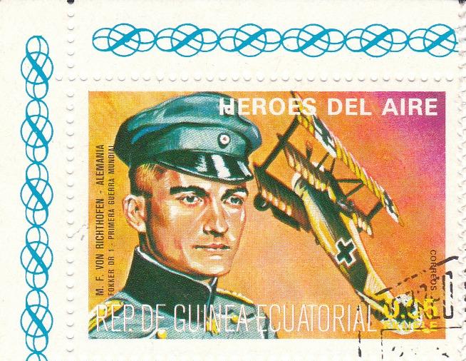 "Марка поштова гашена. ""M. F. Von Richthofen - Alemania. Fokker DR 1. Primera Guerra Mundial. Heroes del Aire. República de Guinea Ecuatorial"""