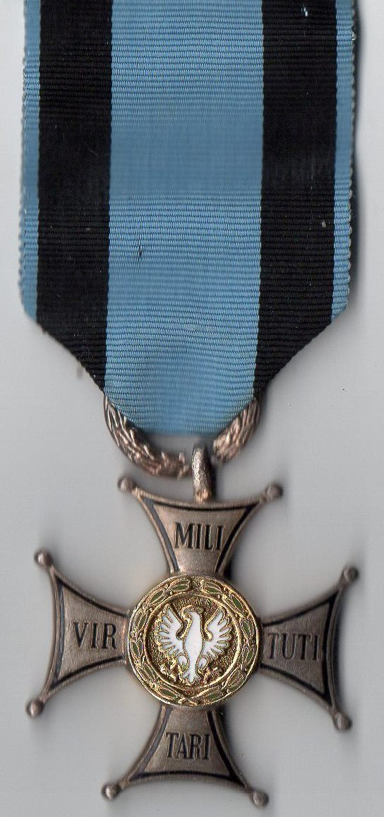 """Орден: """"Virtuti militari"""" (За воинскую доблесть)."""