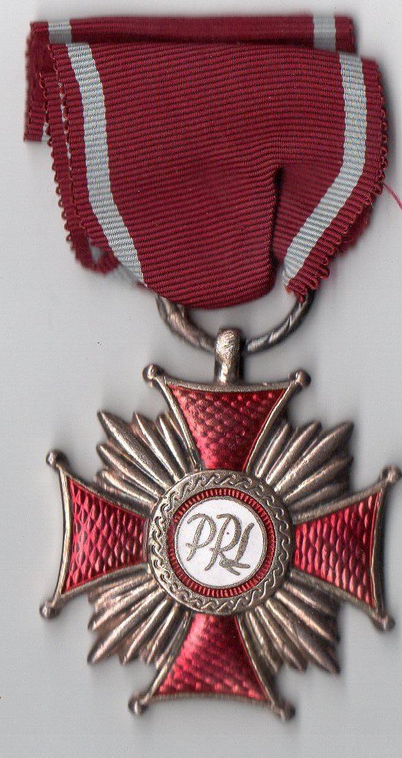 """Орден: """"Срібний хрест за заслуги"""""""